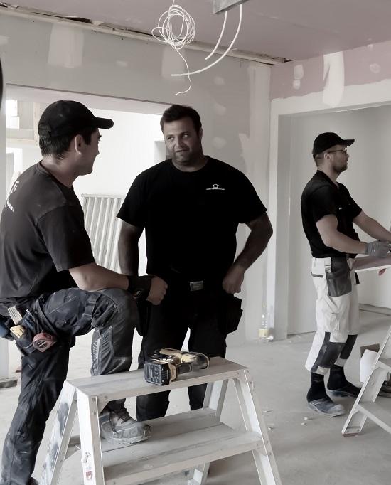 Erfaren inden for tømrerarbejde